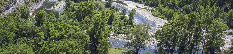 camping le plan d'eau bord de rivière